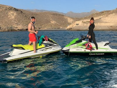 Jet ski tour in Tenerife for 40 min