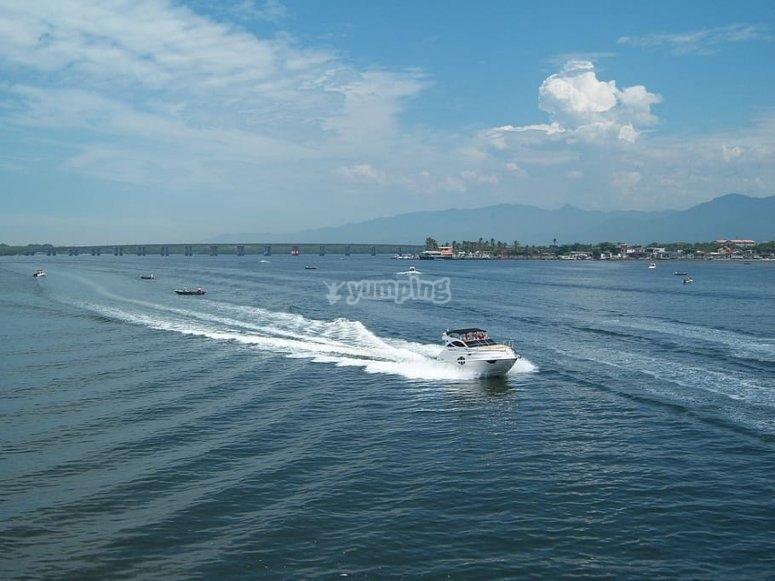 Navegando hacia la isla