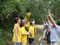 Contra el equipo amarillo