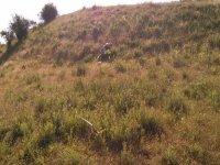 jugando al airsoft en el monte