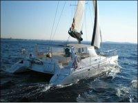 The experience of sailing in catamaran