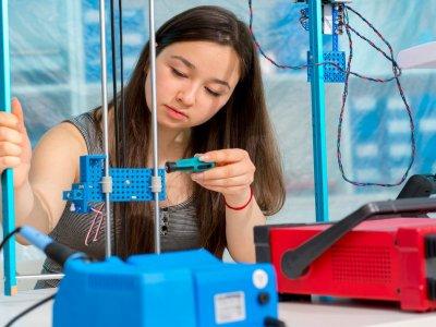 Campamento tecnológico para chicas Berguedà julio
