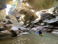 在Buitreras峡谷中进行峡谷探险5小时