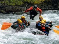 Monitor jumping in the rafting boat