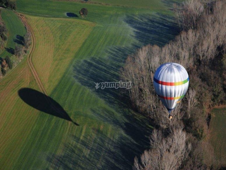 的气球飞行-从卡德德