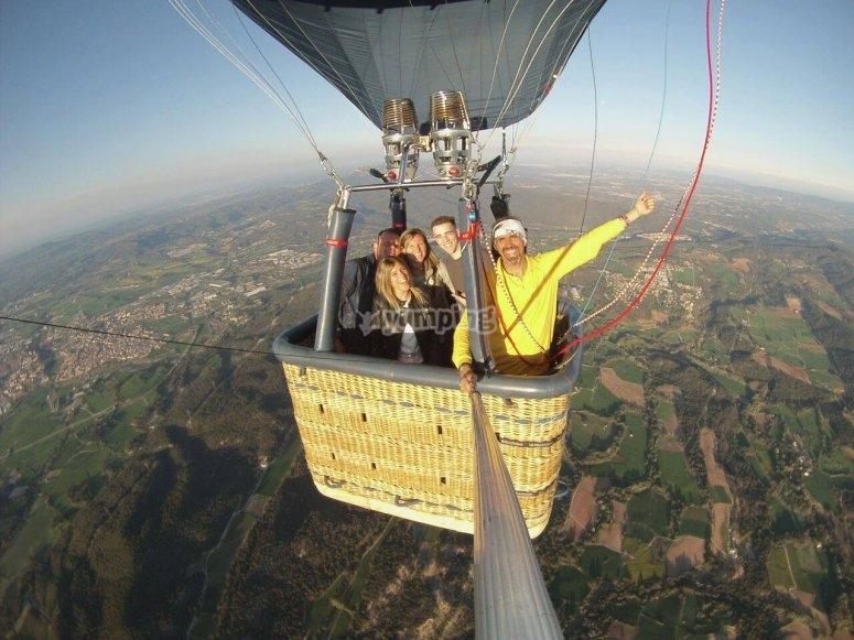 蒙塞拉特气球体验