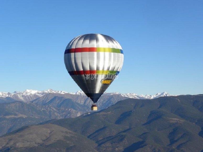 在加泰罗尼亚中部的气球