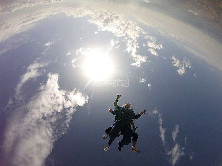 Free fall from 3,600 meters