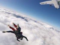 Saltando en paracaídas en Totana