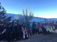 Esperando para practicar ski