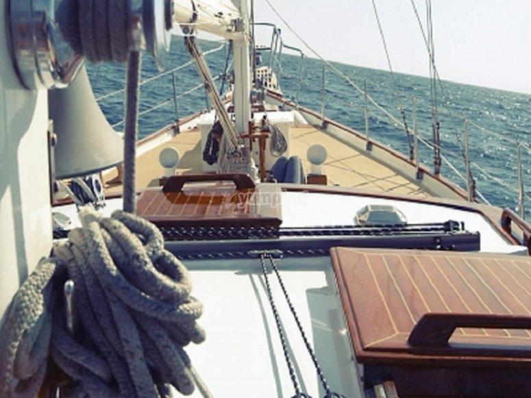 Paseo guiado en velero