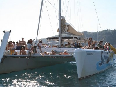 Boat trip and party with food Lloret de Mar