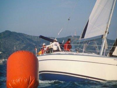 Regata de veleros para team building en Sitges