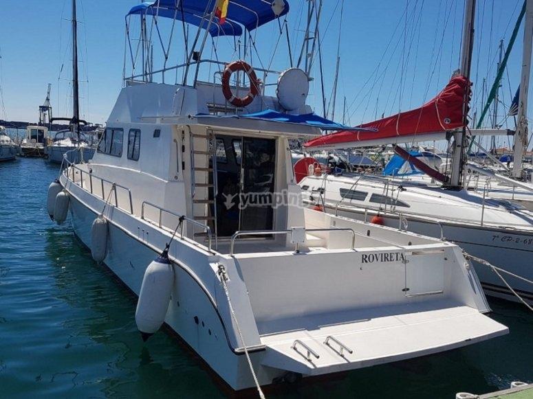 往Oropesa del Mar的船