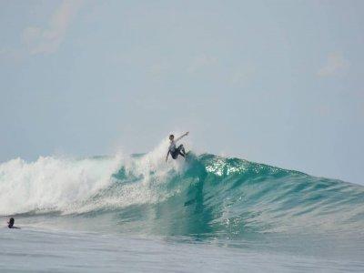 Lezione di surf che avanza a Barreiros per 2 ore