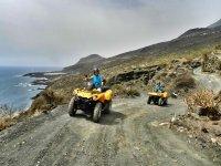 Subiendo en quad hacia La Cumbre