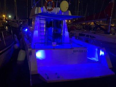 Paseo en barco y fondeo al atardecer Castellón 3h