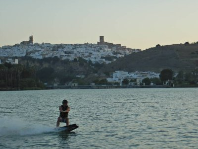 Arcos Lake Activities Wakeboard