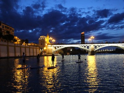 SUP night route and photos in the Guadalquivir