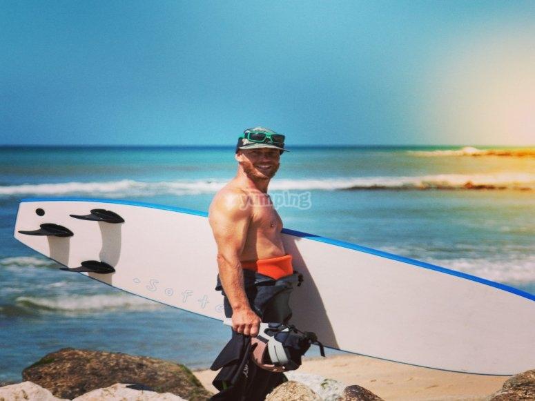 Vuestro instructor de surf