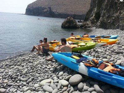 Tour en kayak playa Los Escullos y snorkel 3horas