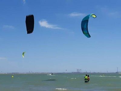 圣玛丽亚港的风筝冲浪课程3天