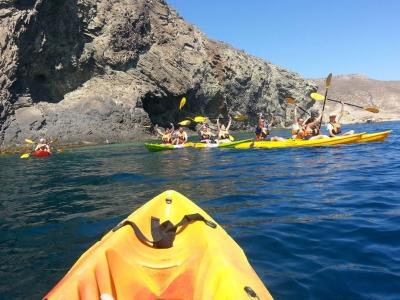 Paseo en Kayak y snorkel Los Escullos 3h niños