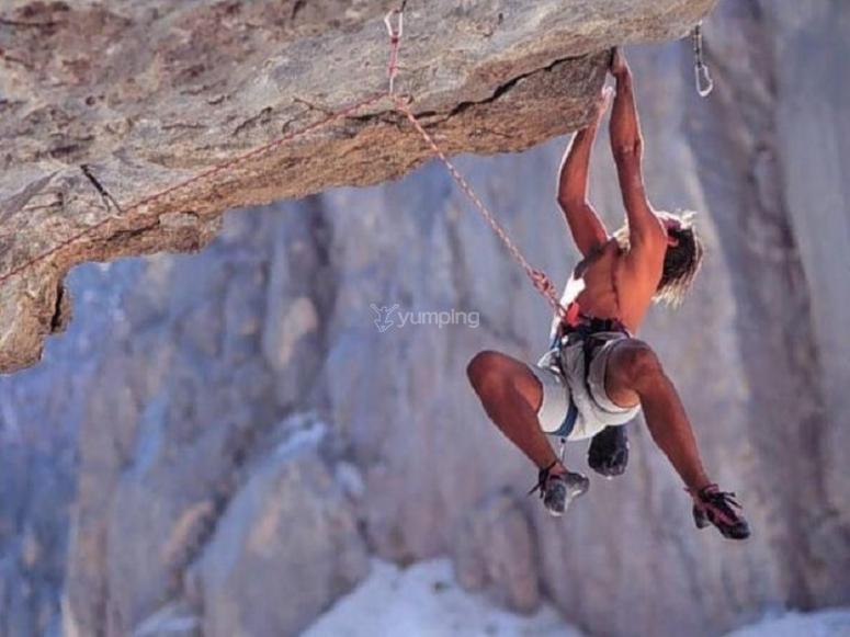Escalando en Carfcauz