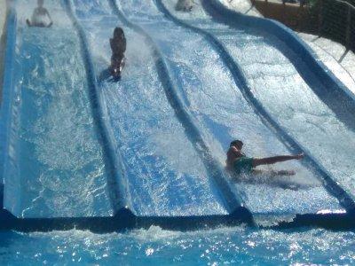 Entrada para 4 adultos a parque acuático Almuñécar