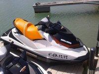 ven a disfrutar de nuestras motos de agua