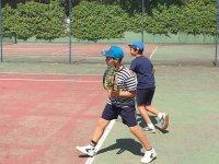 En plena partida de tenis