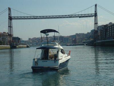 Paseo en barco y cata de Txakoli ecológico Vizcaya