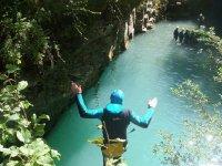 埃斯卡洛纳儿童峡谷溪降和桨冲浪