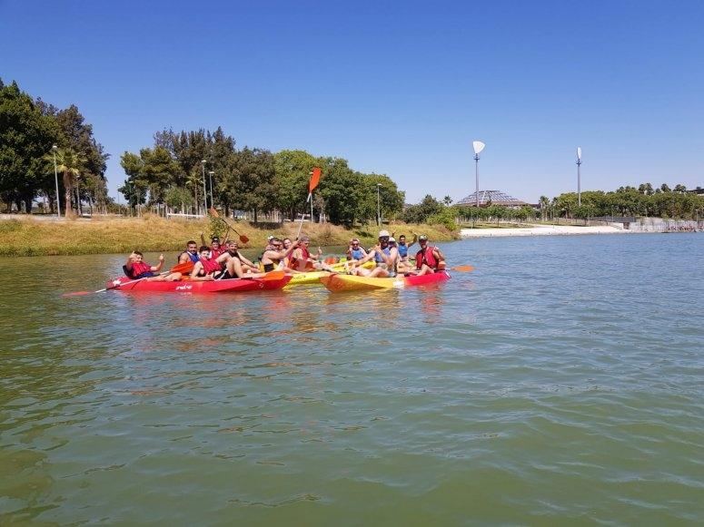 Group in the kayaks through the Guadalquivir