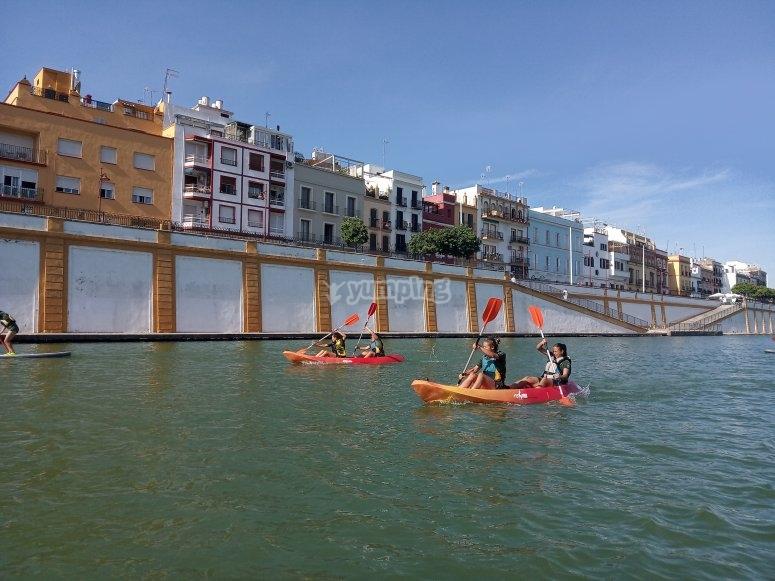 On board the kayaks through the Guadalquivir river