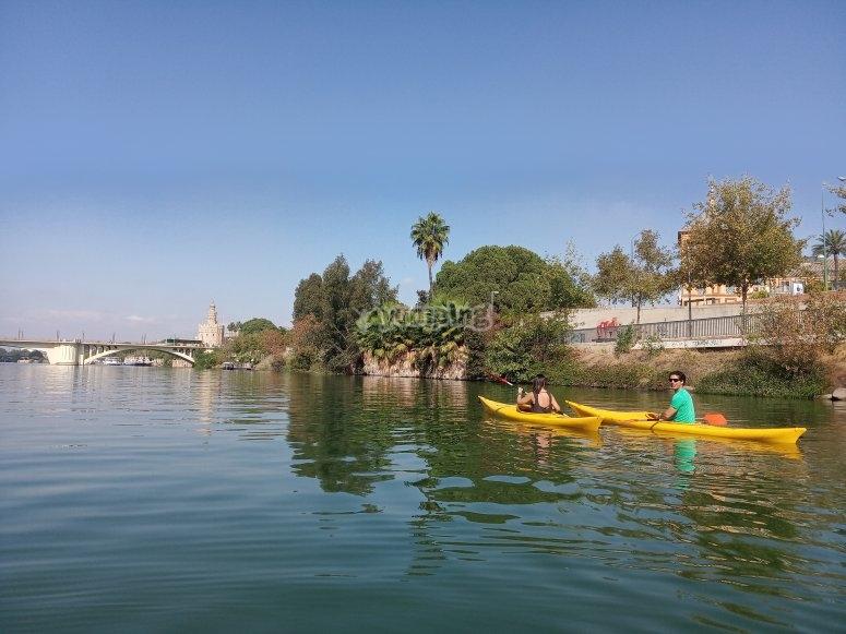Crossing the Guadalquivir kayak