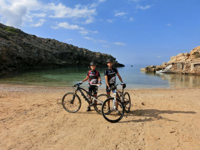 Guided electronic bike tour of Ibiza 3 h
