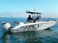 Pesca al vivo desde barco en costa de Denia