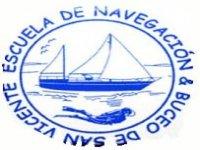 Escuela de Navegación y Buceo de San Vicente Paseos en Barco