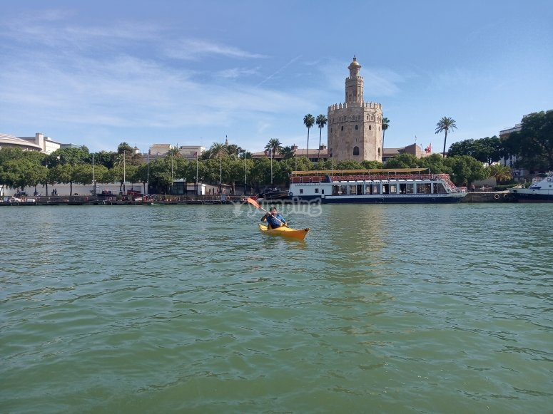 Torre del Oro seen from the kayak