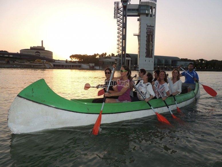 Canoa india en Sevilla