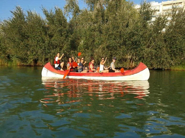 A bordo de la canoa en Sevilla