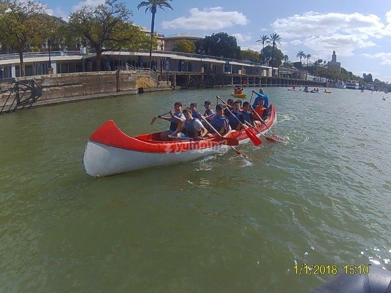 Ruta infantil en canoa