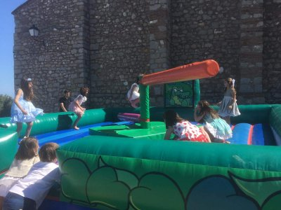 Bouncy castle rental for children in Vila-real 3h