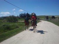 paseando a caballo.jpg