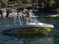 Rides in a fun boat