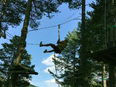 Zip-line circuit and Leap of Faith in Saldes 30 m