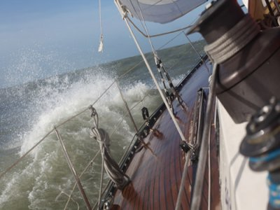 Sailing trip + operation from Vilanova, 3 hours