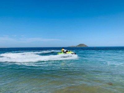 Paseo moto de agua desde puerto Tomás Maestre 1h