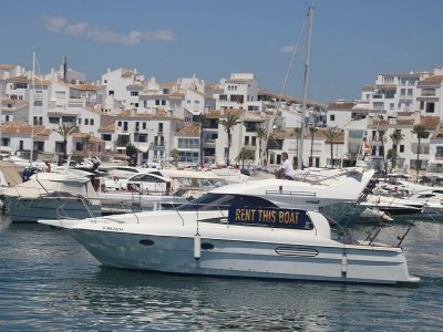 Boat trip from Marbella and drinks 4 hours
